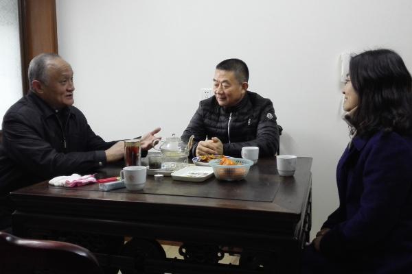 老领导们也感谢总公司党委的关怀和慰问,表示将会继续关心和支持图片